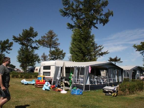 Overnatning, campingvogn, telt, hytte på Fyn